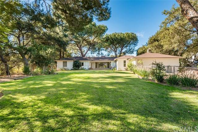 3914 Alta Vista, La Canada Flintridge, CA 91011 (#302980732) :: Dannecker & Associates