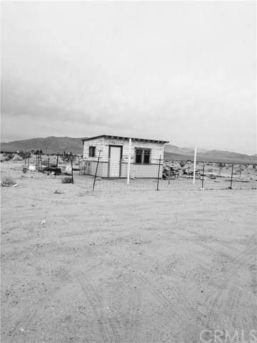 83024 Amboy, Unincorporated, CA 92277 (#302985029) :: Tony J. Molina Real Estate