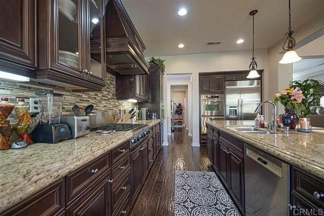 687 Coastal Hills Dr, Chula Vista, CA 91914 (#302985108) :: Dannecker & Associates