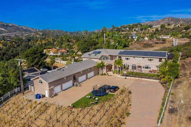 25445 Jesmond Dene Road, Escondido, CA 92026 (#302987040) :: Dannecker & Associates