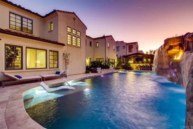 940 Pearl Drive, San Marcos, CA 92078 (#302990579) :: Tony J. Molina Real Estate