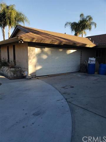 25939 28th Street, San Bernardino, CA 92404 (#302993087) :: Compass