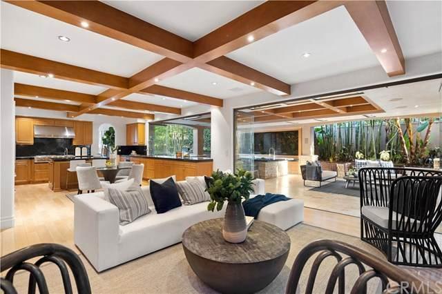 36 Palazzo, Newport Beach, CA 92660 (#302998261) :: COMPASS