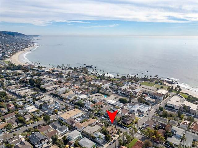 496 498 Cypress Drive, Laguna Beach, CA 92651 (#302998776) :: SunLux Real Estate