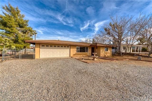 7565 Shawnee, Yucca Valley, CA 92284 (#303000136) :: COMPASS