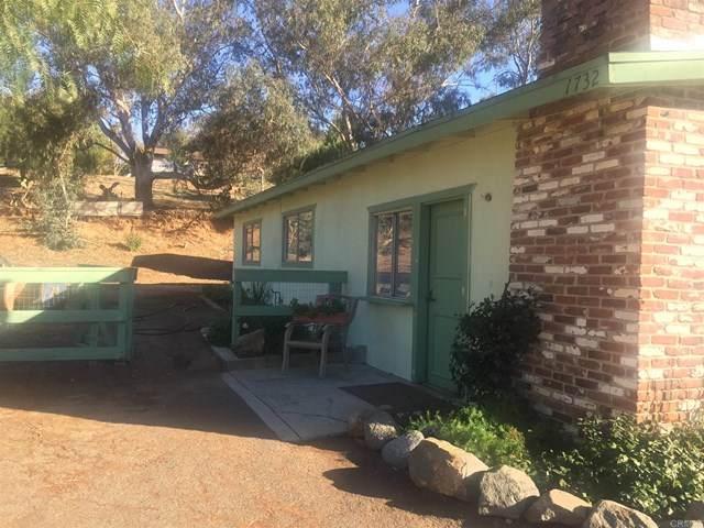 1732 York Drive, Vista, CA 92084 (#303000679) :: PURE Real Estate Group