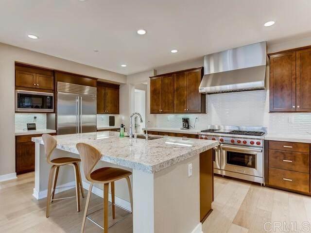 1641 Oak Avenue, Carlsbad, CA 92008 (#303000729) :: SD Luxe Group