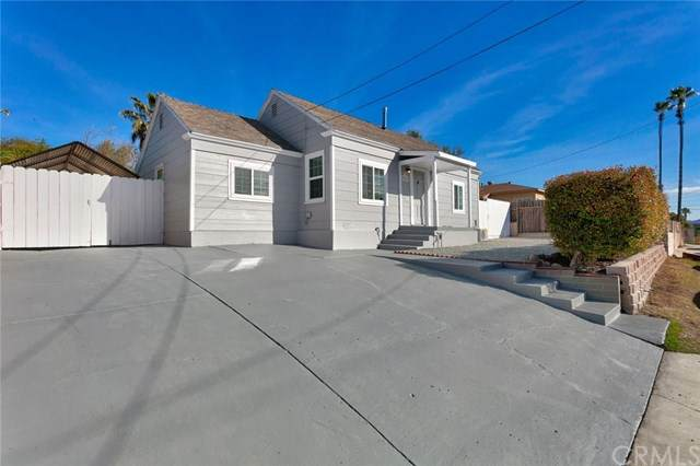 5906 Brooklyn Avenue, San Diego, CA 92114 (#303000871) :: Team Sage