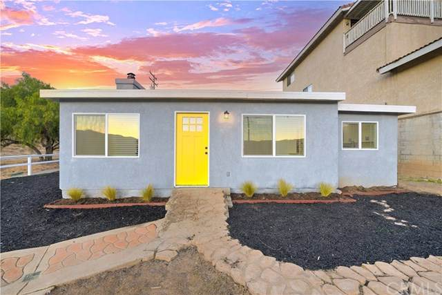 17320 Ryan Avenue, Lake Elsinore, CA 92530 (#303001028) :: COMPASS