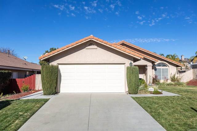 40451 Crystal Aire Ct, Murrieta, CA 92562 (#303002883) :: PURE Real Estate Group