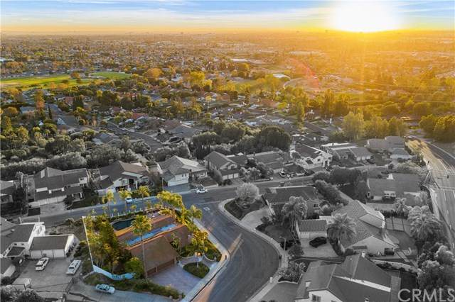3304 E Meadowridge Road, Orange, CA 92867 (#303005645) :: Dannecker & Associates