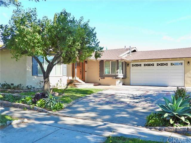 1743 Loretta Ln., Santa Ana, CA 92706 (#303005975) :: The Legacy Real Estate Team
