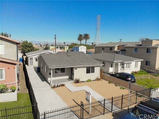 141 W 99th Street, Los Angeles, CA 90003 (#303014536) :: COMPASS