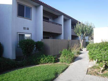 2501 W Sunflower Avenue E-14, Santa Ana, CA 92704 (#303015476) :: Compass