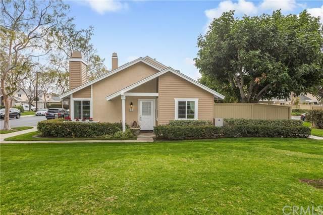 2 Fairfield #135, Irvine, CA 92614 (#303017012) :: Carrie Filla & Associates