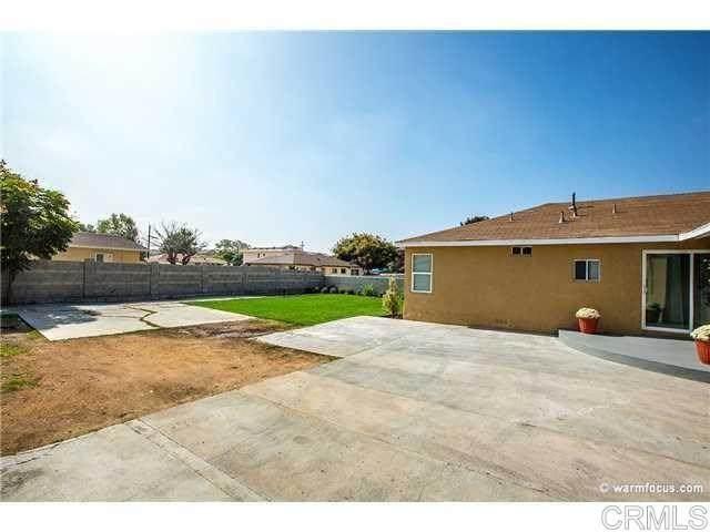1330 E 8th Street, National City, CA 91950 (#303018772) :: Compass