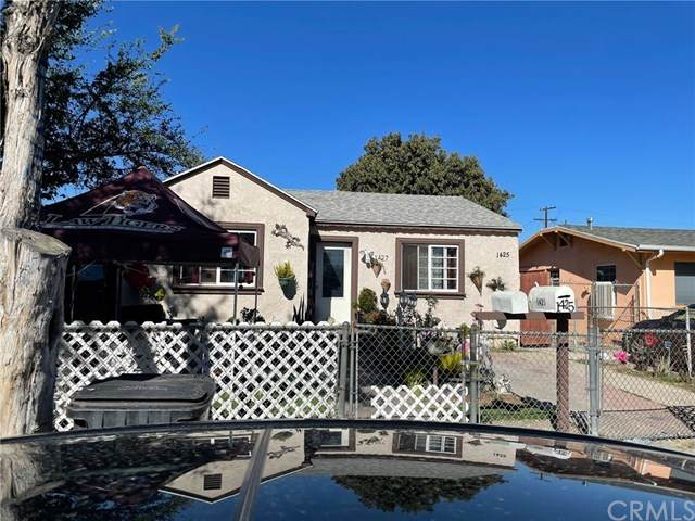 1425 E 76th Place, Los Angeles, CA 90001 (#303021367) :: Compass