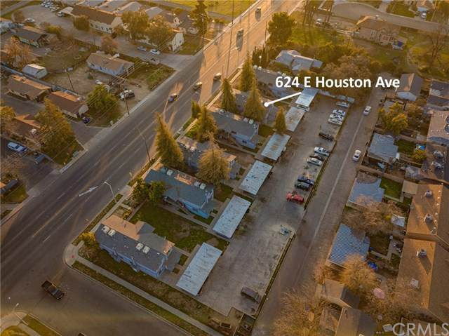 624 E Houston Avenue, Visalia, CA 93292 (#303021812) :: Cay, Carly & Patrick   Keller Williams