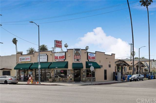 7701 S Broadway, Los Angeles, CA 90003 (#303022359) :: COMPASS