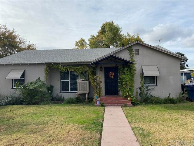 551 N O Street, Tulare, CA 93274 (#303022683) :: Cay, Carly & Patrick | Keller Williams