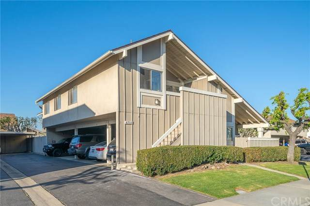 6711 Sun Drive B, Huntington Beach, CA 92647 (#303023042) :: Wannebo Real Estate Group