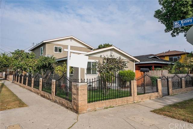 803 E 89th Street, Los Angeles, CA 90002 (#303023265) :: The Stein Group