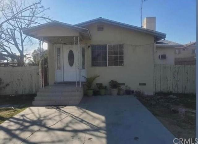 7888 Maple Avenue, Fontana, CA 92336 (#303023532) :: The Mac Group