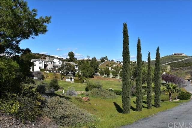 37105 Avenida La Cresta, Murrieta, CA 92562 (#SW21036447) :: Compass