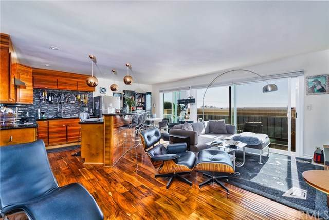240 Moss Street #11, Laguna Beach, CA 92651 (#303026412) :: SD Luxe Group