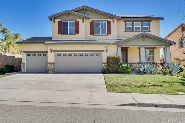 41064 Crimson Pillar Lane, Lake Elsinore, CA 92532 (#303027276) :: SD Luxe Group