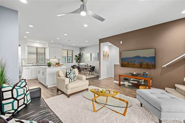 154 Harringay, Irvine, CA 92618 (#303027286) :: Carrie Filla & Associates