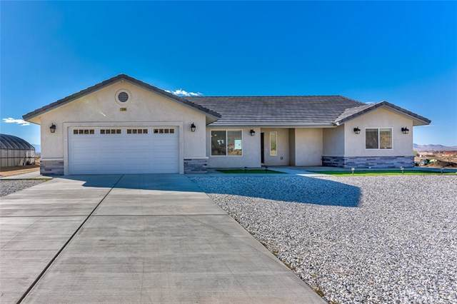 13540 Mustang Avenue, Apple Valley, CA 92307 (#303028530) :: The Legacy Real Estate Team