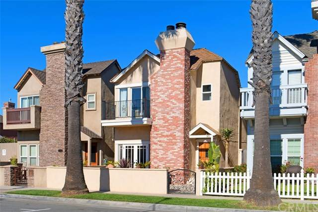 221 2nd Street, Huntington Beach, CA 92648 (#303031671) :: Compass