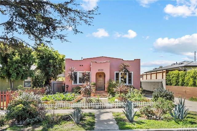 1707 S Carmelina Avenue, Los Angeles, CA 90025 (#PW21042968) :: COMPASS
