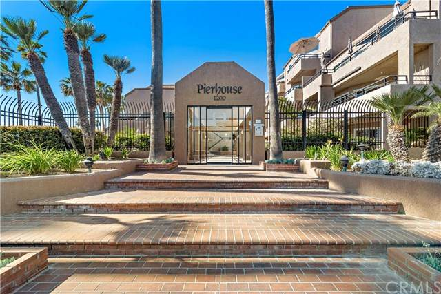 1200 Pacific Coast #416, Huntington Beach, CA 92648 (#303031933) :: Compass