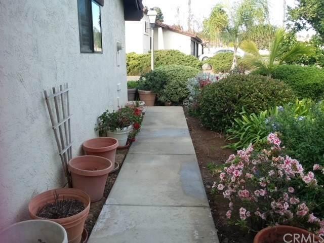 5454 Villas Drive - Photo 1