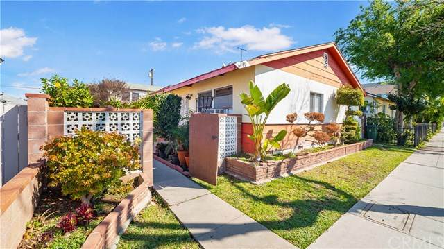 6445 E Olympic Boulevard, East Los Angeles, CA 90022 (#303034732) :: SunLux Real Estate