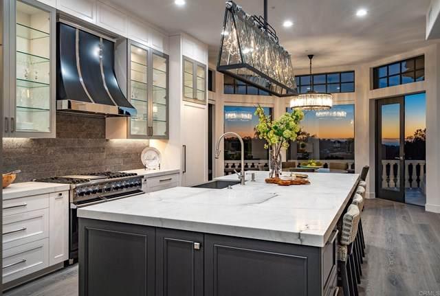 6823 Spyglass Lane, Rancho Santa Fe, CA 92067 (#NDP2103038) :: SD Luxe Group