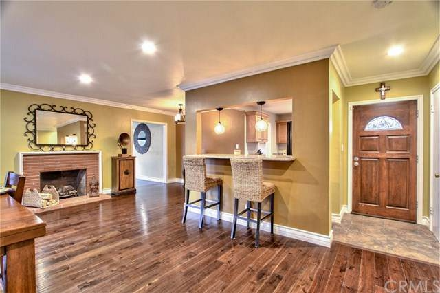 609 E Camile Street, Santa Ana, CA 92701 (#OC21063646) :: Wannebo Real Estate Group