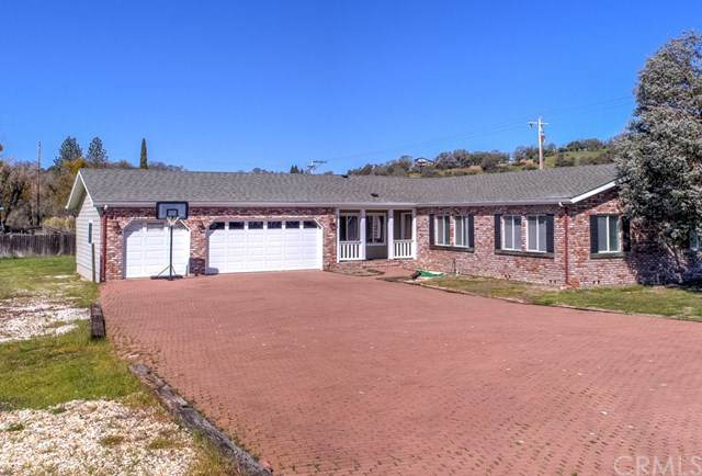2945 Lakeshore Boulevard, Lakeport, CA 95453 (#LC21065590) :: Solis Team Real Estate