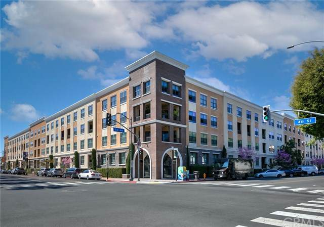 395 E 4th Street #33, Long Beach, CA 90802 (#PW21059337) :: Keller Williams - Triolo Realty Group