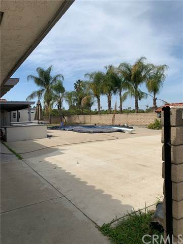 9067 Cleveland Avenue, Riverside, CA 92503 (#TR21073318) :: Solis Team Real Estate