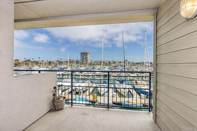 1202 N Pacific Street 208B, Oceanside, CA 92054 (#NDP2103889) :: Yarbrough Group