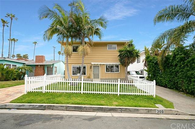 209 Avenida Pelayo, San Clemente, CA 92672 (#OC21078902) :: The Stein Group