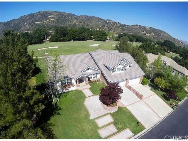 38281 Shoal Creek, Murrieta, CA 92562 (#SW21080978) :: The Mac Group