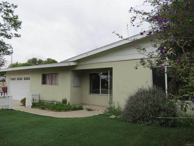 2803 Hutchison Street, Vista, CA 92084 (#NDP2104352) :: The Marelly Group | Compass