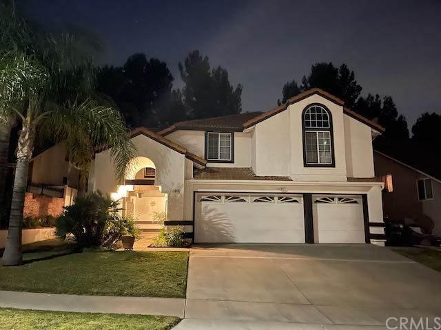 3348 Amy Drive, Corona, CA 92882 (#IG21081511) :: Wannebo Real Estate Group