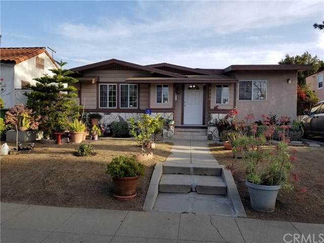 1116 W 78th Street, Los Angeles, CA 90044 (#DW21095644) :: Yarbrough Group