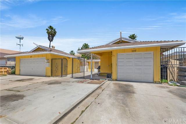 137 S Wayfield Street, Orange, CA 92866 (#PW21095802) :: Yarbrough Group