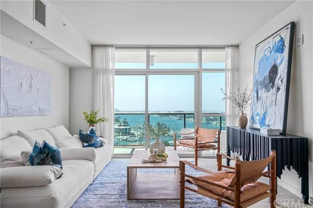 13700 Marina Pointe Drive #1503, Marina Del Rey, CA 90292 (#PW21090788) :: SD Luxe Group
